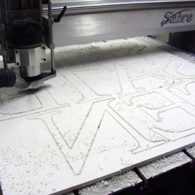 Atelier logo végétal lettres relief 3D - 6